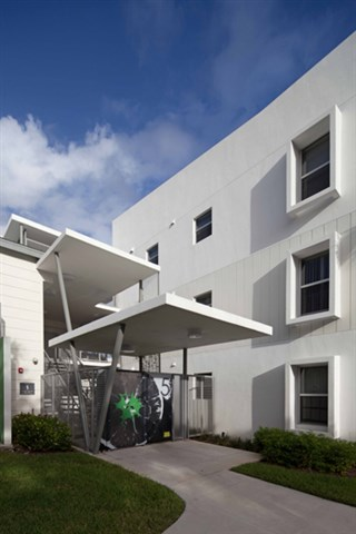 Dr Kennedy Homes Apartments Fort Lauderdale 4